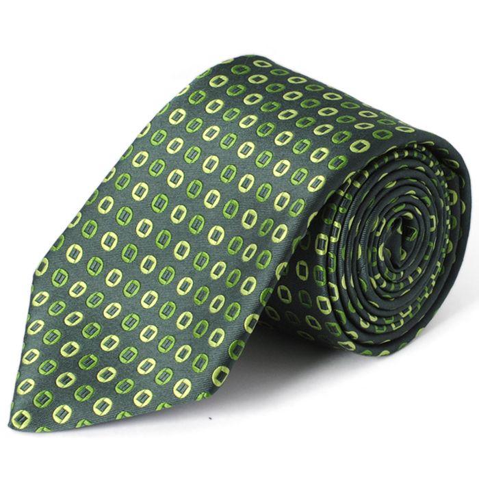 【タケオキクチのネクタイ】  https://kashi-kari.jp/products/r001524 グリーンは場を和ませる平和の色です。 タケオキクチのネクタイは取り入れやすく幅広い世代に人気があります。こちらは一見賑やかな印象のデザインですが使われているカラーの全てがグリーンなのでまとまりがあります。また丸みのあるデザインはストライプのシャツと相性が良いです。 タケオキクチのネクタイはブロンズプランでからお試しいただけます。是非ご利用になってみて下さい。 #ネクタイレンタル