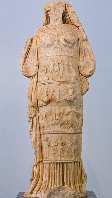 475 best images about Aphrodite on Pinterest | Statue of ...