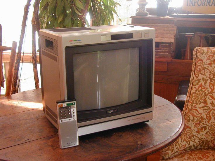 Nice Vintage Sony Trinitron Kv