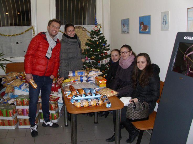 O Vánocích Sabanero myslí také na pejsky v útulku. Včera se vydal zástup našeho týmu předat dobrůtky pro tyto čtyřnohé miláčky. :-)  www.sabanero.cz  #psi #darky