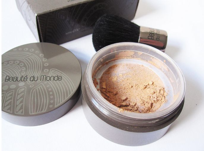 Terre d'Oc Mineral Powder Foundation