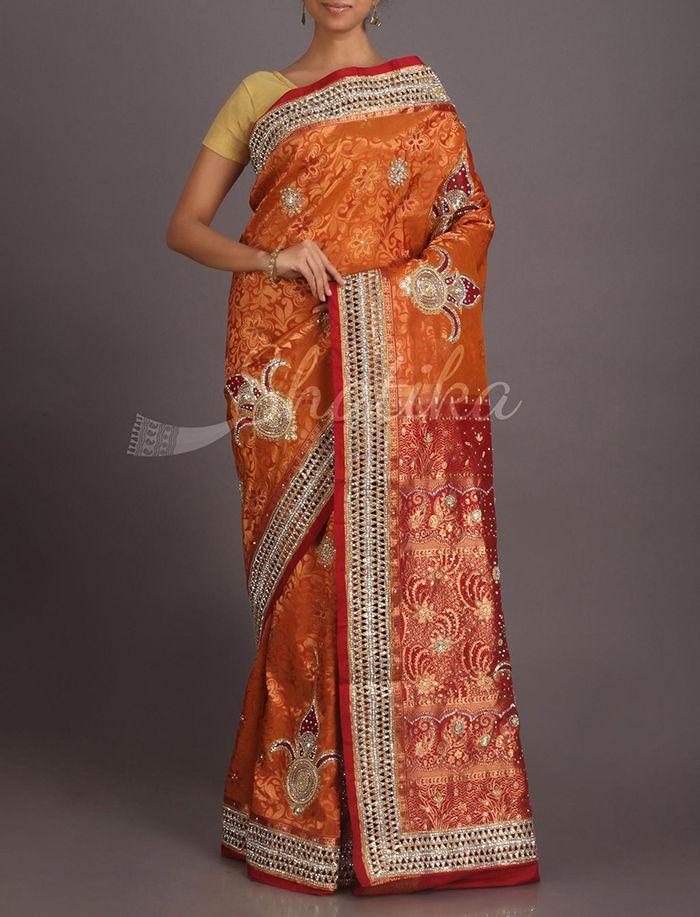 Pavani Bold Kalash Motifs Heavy Ornate Kanchipuram Hand-Work Silk Saree