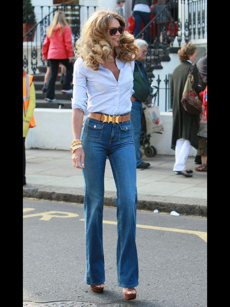 70's look, high waisted jeans.