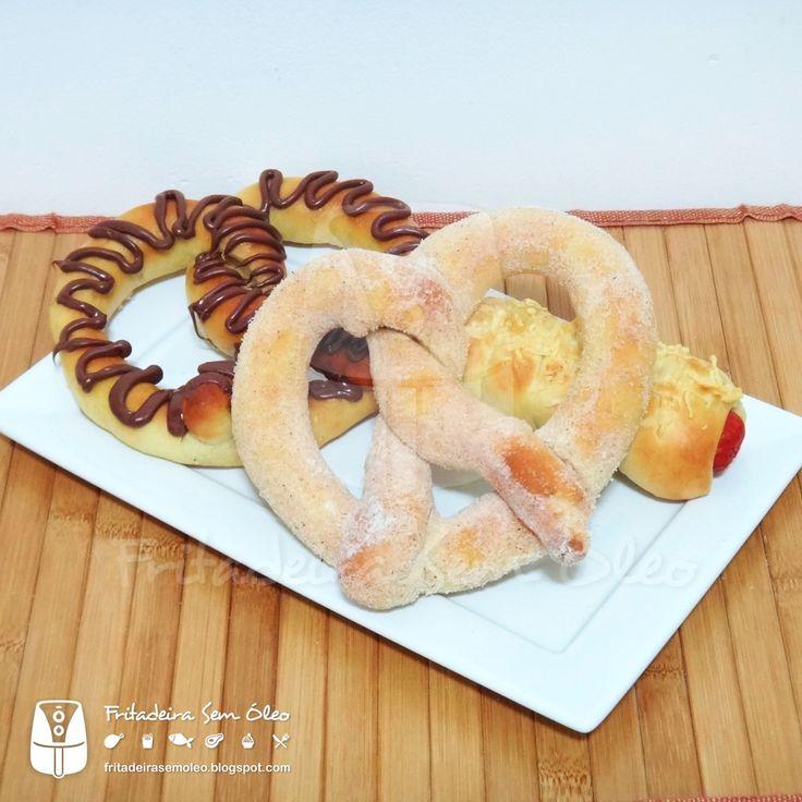 Sim, isso mesmo, pretzels feitos na AirFryer e que ficam exatamente iguais aos que compramos naqueles quiosques nos shoppings!  Não tenho ne...