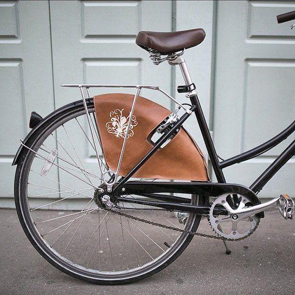 Юбка и велосипед - мы знаем как это сочетать