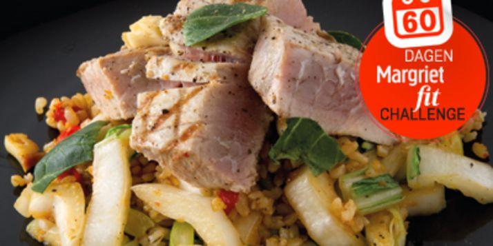 Vandaag gaan we smullen met gegrilde tonijn met ronde rijst, paksoi, knoflook en koriander.