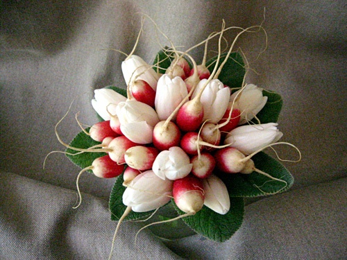 radish and tulip bouquet- This would always remind me of the fresh markets in Paris <3