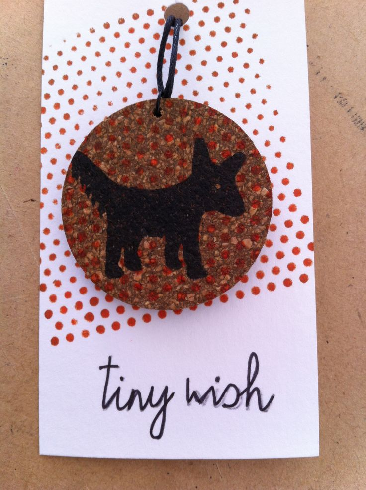 Necklace: black dog 02