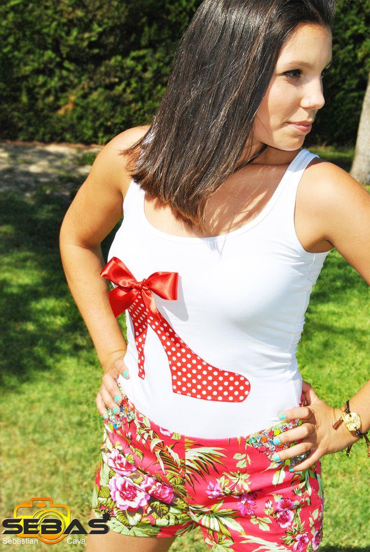 Hoy en nuestro blog, los complementos de moda para este verano. #camisetasdemoda #capazas #alpargatas #ropadeverano  http://blog.dicompra.com/complementos-de-moda-para-este-verano/