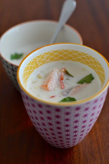 Simple comme une soupe de saumon au lait de coco