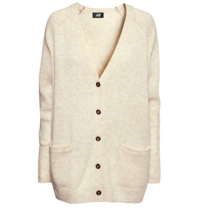 Ladies Arielle Vintage White Cream Colored Sweater Size Size (Women's)W. $ or Best Offer +$ shipping. New Listing Maurices Sweater SIZE MED Cream Colored Tunic Length. Pre-Owned. Handknit Cream Colored Wool Cardigan Sweater Jacket Womens Size LARGE XL. Pre-Owned. $ Guaranteed by Fri, Sep. or Best Offer +$