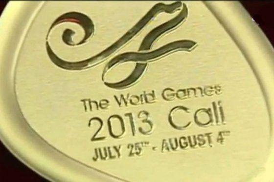 Juegos Mundiales 2013 Con láser arreglan las medallas de los Juegos Mundiales La empresa Bogotana que fabricó las medallas llevo una máquina láser sin sobrecosto y de esa manera se realiza la corrección.
