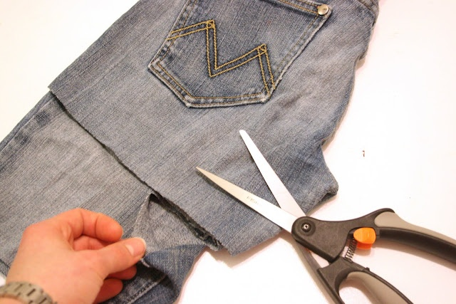 DIY jean shorts…did this today… get a really cheap pair from a thrift store …  – fashion show