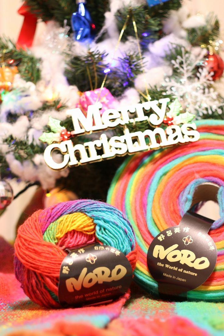We wish you a Merry Christmas.  website : http://www.eisakunoro.com/ #kureopatora #colorNo1021 #NORO #くれおぱとら