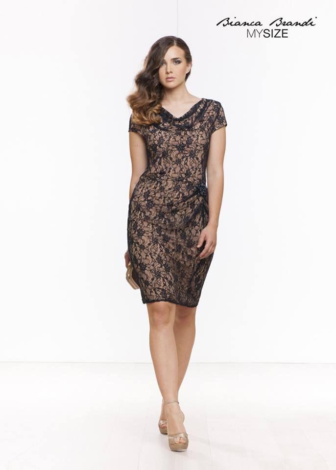 Sabato sera...è in dark blue! #fashion #fashioncurvy #curvy #plussize #moda #abbigliamento #outfit #MySize #look #chic #women #dress #elegance