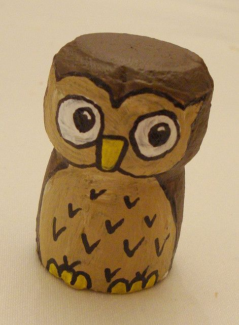 Champagne cork or owl?! Koralee you should make these and put them in a jar!chouette