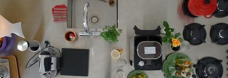 """bovenaanzicht_keuken. Ik vind vooral die ingebouwde gaspitten helemaal geweldig! En het is nog een """"groene"""" keuken ook!"""