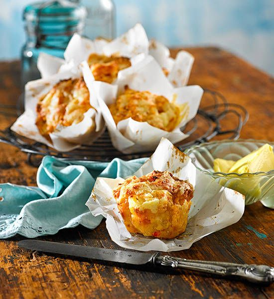 Savoury muffins: Set the sugar aside and enjoy this tasty variant with a cheese, bacon and tomato twist.