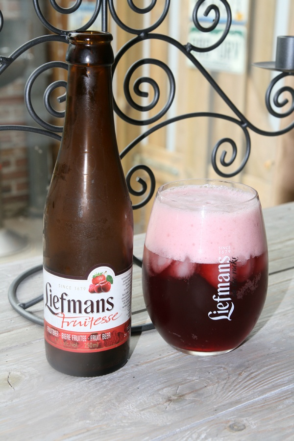 ooh, must try to find this. Liefmans on the Rocks, Brewery Liefmans, Oudenaarde, Belgium.  4.2% 5/10, very sweet tutti frutti beer. A total new beer experience, beer with cherries, strawberries, raspberries and with ice cubes.