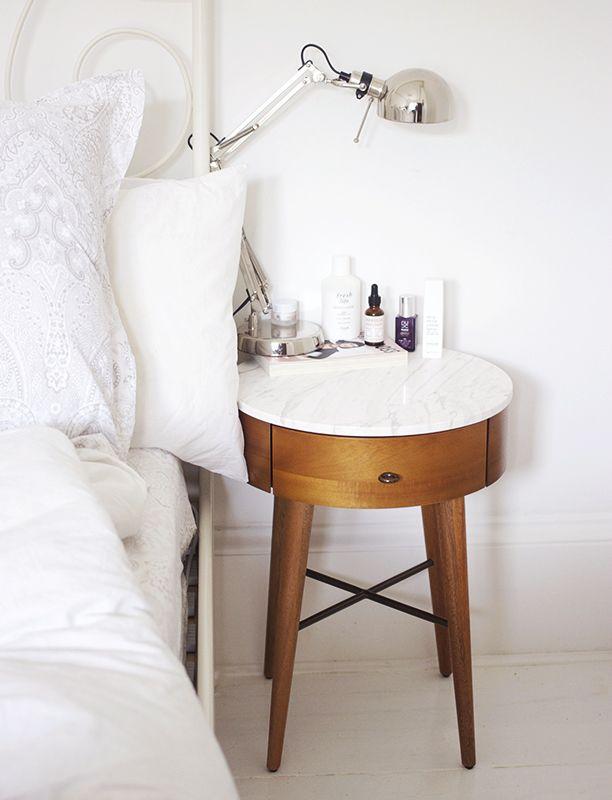 Bedside Beauty Staples. (via Bloglovin.com )