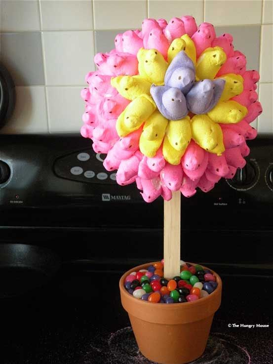 Peep Topiary for a fun Easter centerpiece!: Easter Centerpieces, Decor Ideas, Peeps Topiaries, Easter Table, Easter Crafts, Jelly Beans, Peeps Trees, Flower, Easter Ideas