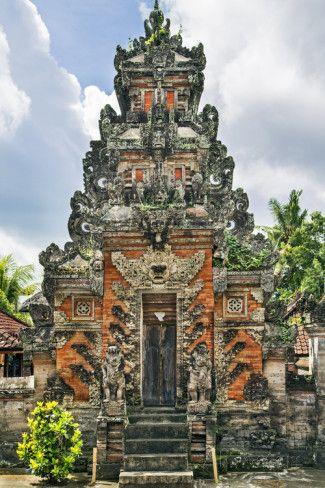Indonesia, Bali, Batu Bulan. a Private Hindu Familys Shrine. Fotodruck von Nigel Pavitt bei AllPosters.de