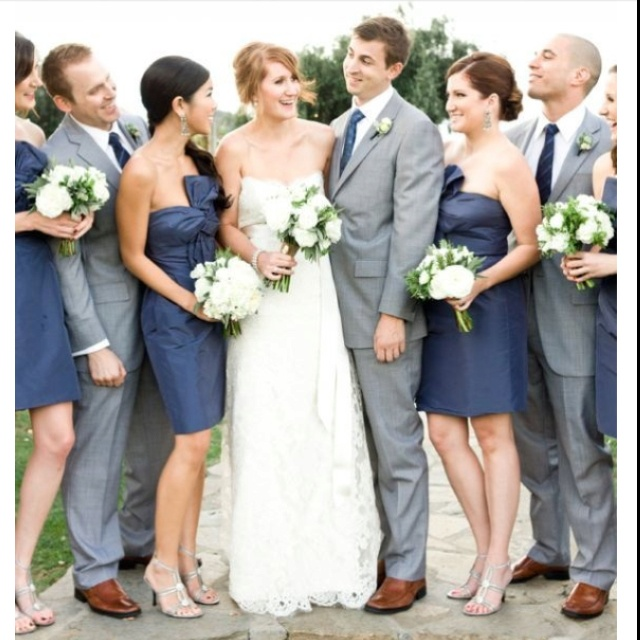 Gray suits navy dresses i absolutely love these colors for What colour shoes with navy dress for wedding