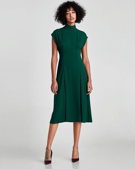 be5a7217133f Details about NEW ZARA GREEN PLEATED MIDI DRESS SIZE UK XS in 2019 ...
