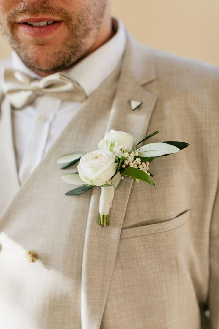 Groom Boutonniere Brautigam Anstecker Fotografie Brautpaar Hochzeitsfotos Hochzeitsinpiration Hochzeit Brautigam Anzuge Hochzeit Brautigam Hochzeitsfotos