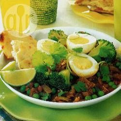 Recipe photo: Eggs with spicy peas and lentils