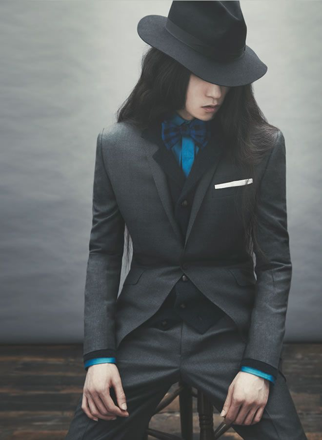 Dear Mr Ozwald Boateng, why do you have to make men's suits ever so sexy...From AW12 Collection