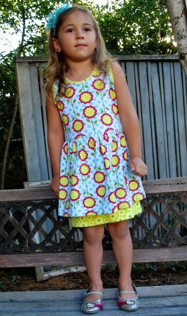 Rock the Stitch: Peep hem dress: free pattern and tutorial