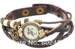 Leren retro horloge armband - Bruin van Made-by-Kelly op DaWhttp://nl.dawanda.com/shop/bracelets-armbanden