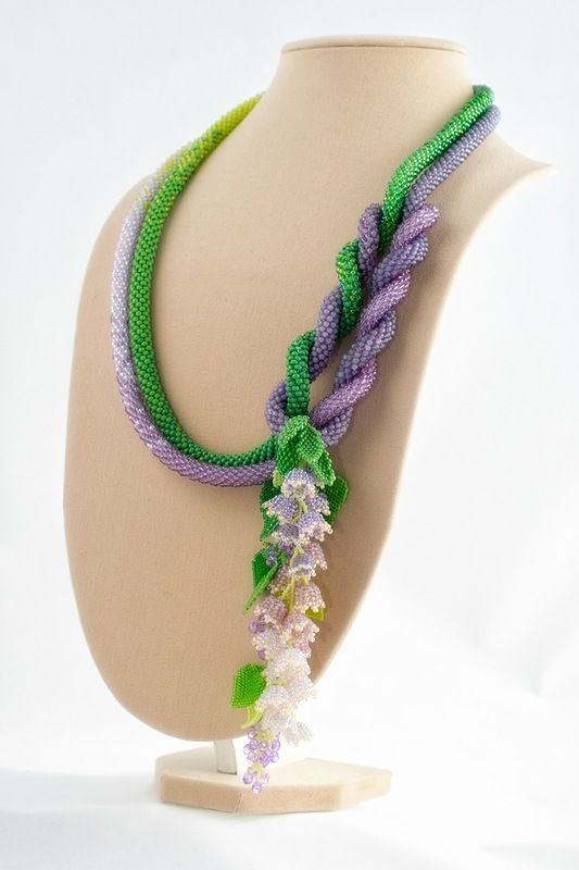 'Waltz of the Flowers ' Handmade beadwork lariat by Sestritsa Alenushka on Yandex.
