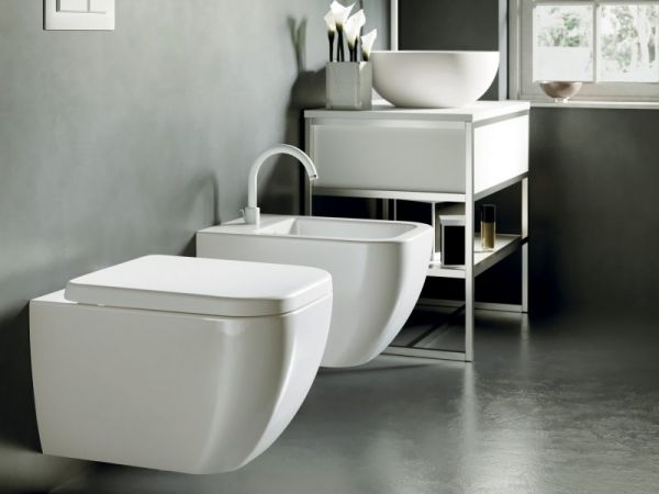 Bianca produzione sanitari di design in ceramica arredo bagno e