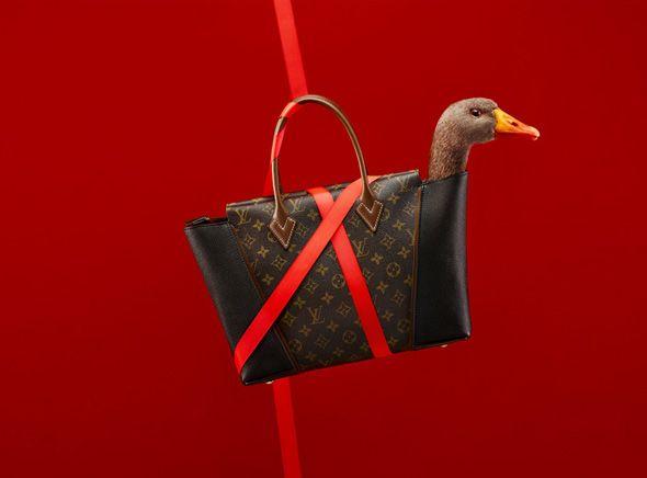 Louis-Vuitton-Noel-2013-Jeu-Oie-Coppi-Barbieri-1