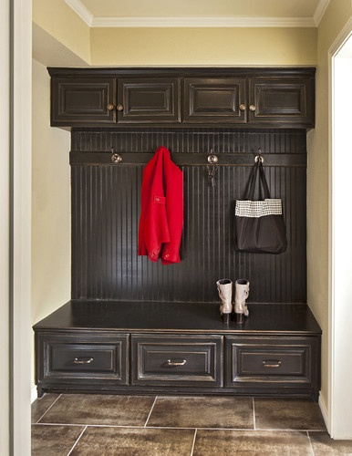 Mud room! Cabinets on top--why are most mudroom pics with white cabinets for a MUD room???