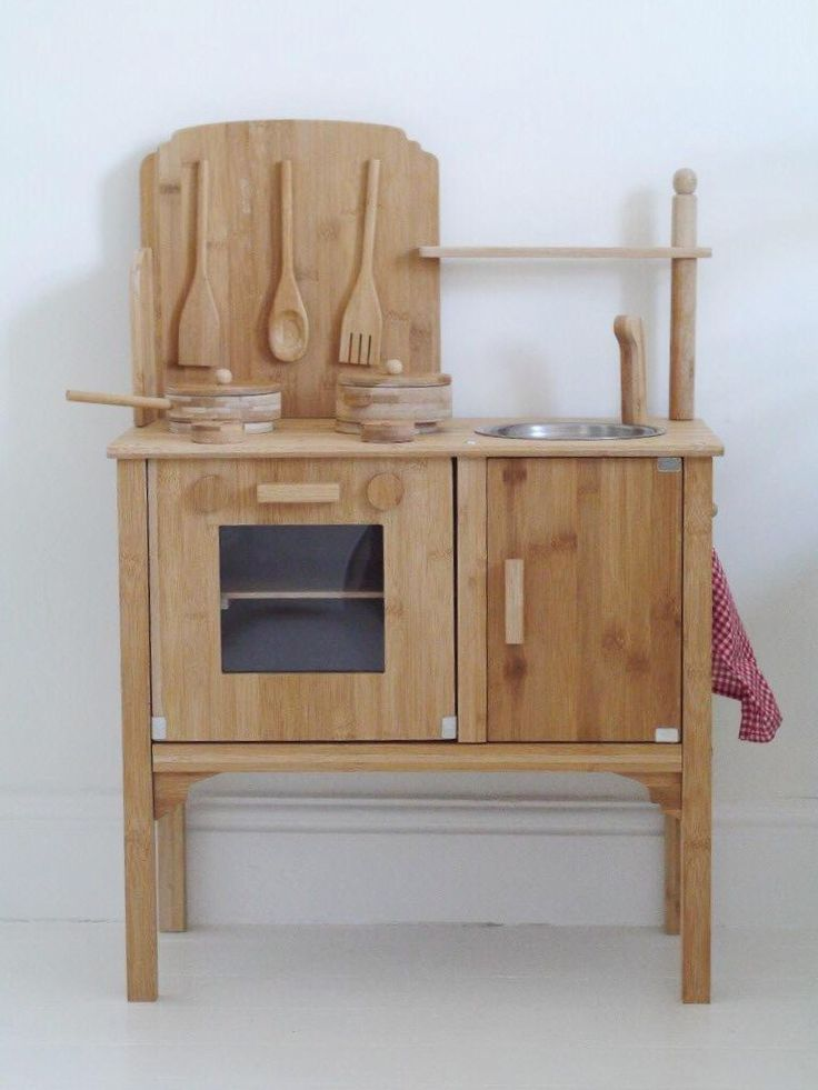 17 best ideas about wooden toy kitchen on pinterest play. Black Bedroom Furniture Sets. Home Design Ideas