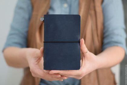 Записные книжки ручной работы. Ярмарка Мастеров - ручная работа. Купить Travellers Notebook - мужской, женский кожаный ежедневник LakeBindery. Handmade.