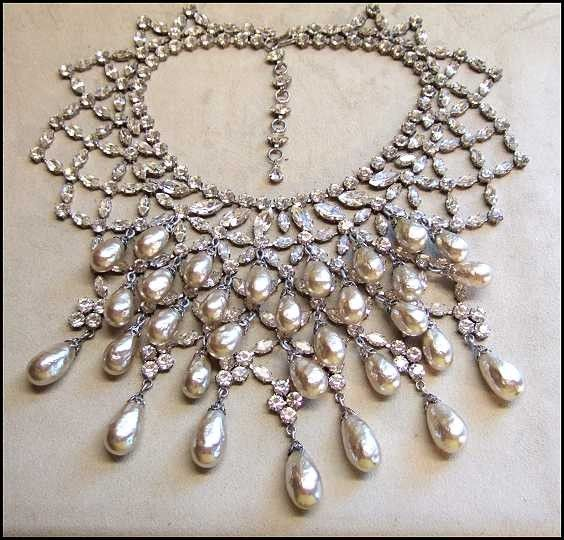 Vintage 50s Christian Dior Pearls n Crystals Bib Necklace Set