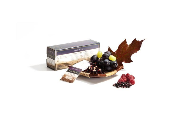Richmont Forest Fruits - lekka kompozycja słodkich leśnych owoców z hibiskusem  http://www.sklep.richmont.pl/product-pol-1181-Herbata-Forest-Fruits-saszetki-50-szt-.html