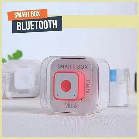 New  SMARTBOX Mini speaker with bluetooth. Sangat Cocok untuk pecinta musik dan Selfie karena semua itu di buat untuk Anda!  MEMILIKI 4 FUNGSI YANG SANGAT MEMANJAKAN ANDA :  1. BLUETOOTH SPEAKER -> Menjadi speaker untuk Musik dengan Suara yang bersih dan Jernih. .  2. BLUETOOTH CAMERA -> Menjadi Tombol Narsis (Tomsis)/shutter kamera sehingga anda dapat eksis dimanapun. . 3. PHONE CALL -> Anda dapat melakukan telepon dengan speaker ini. . 4. ANTI LOST -> Yaitu fitur alarm jika anda…