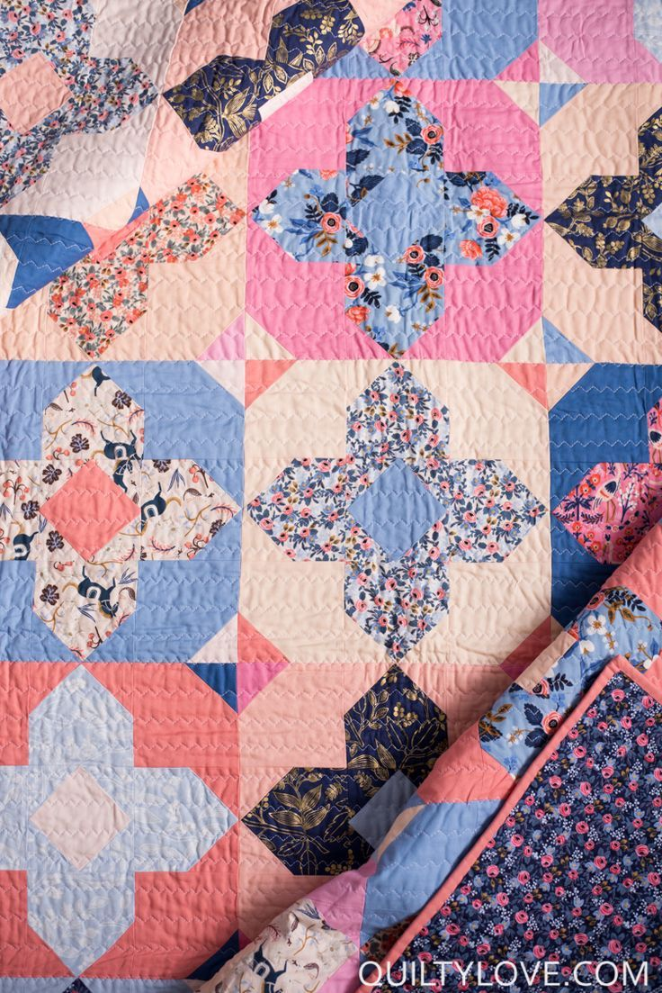 Quilty Love   Geo Gems Quilt Pattern _ The Rifle paper company one   http://www.quiltylove.com. Modern fat quarter friendly quilt pattern. #modernquilting #quiltylove #quiltylovepatterns #fatquarterquilts #quiltpatterns