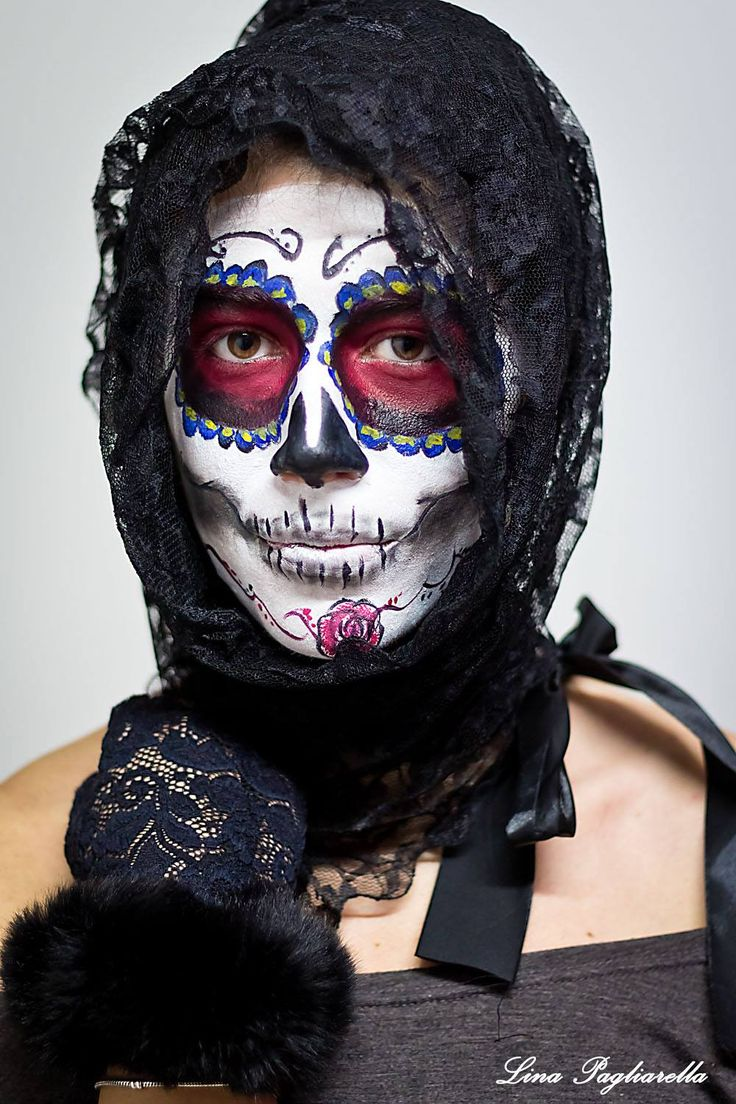 SANTA MUERTE  MAKE UP BY ME