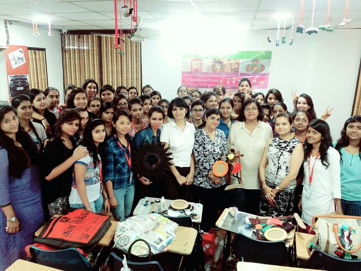 #InteriorDesigning Students of #IWP Janakpuri, attending creative workshop conducted by #Fevicryl  #InternationalWomenPolytechnic