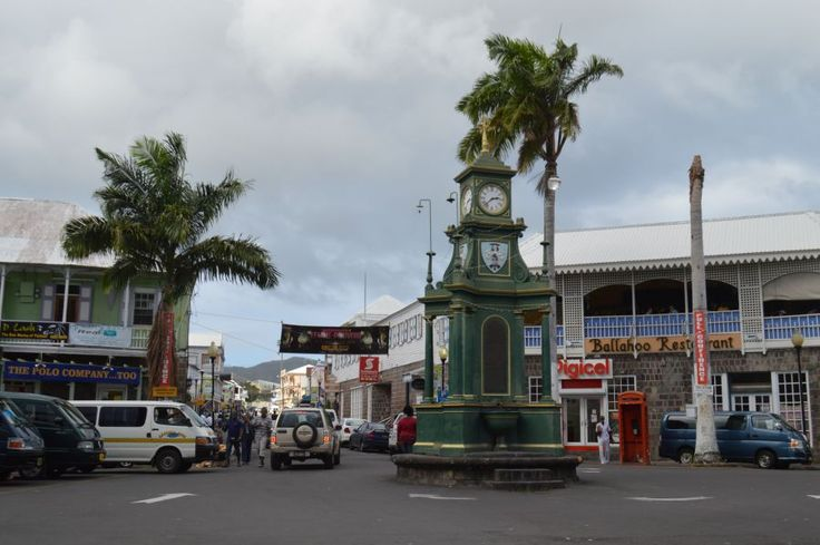 Driving in St Kitts and Nevis, The Circus, Basseterre, St Kitts