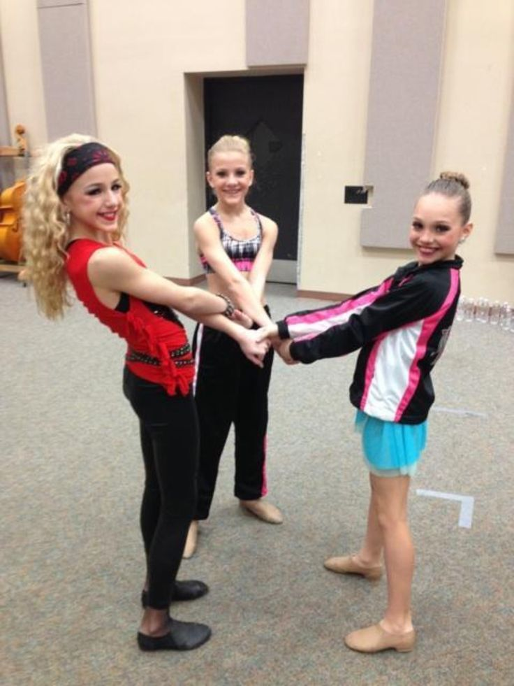 NEW!! thanks to Dance Mom Melissa Ziegler!!! <3 Paige, Chloe, and Maddie <3 THE DREAM TRIO IS BACK