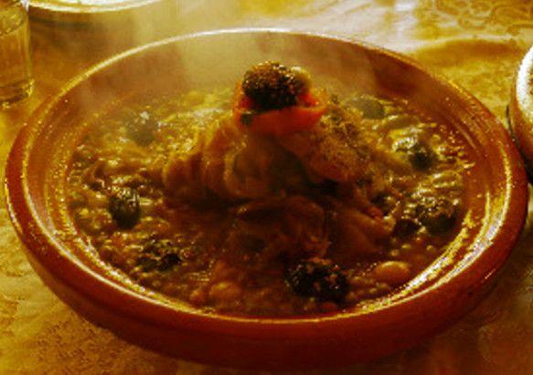 モロッコのタジン料理~あっつあつ!この湯気から美味しい美味しいお肉と野菜の煮込み料理の匂いがしてきませんか~蝋燭の火で囲むディナーの温かさを感じてください~☆...|ハンドメイド、手作り、手仕事品の通販・販売・購入ならCreema。
