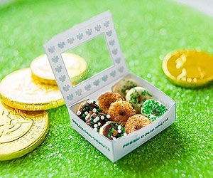 Leprechaun Doughnuts! Lure wee visitors this St. Patrick's Day with O-shaped cereal disguised as tiny doughnuts.