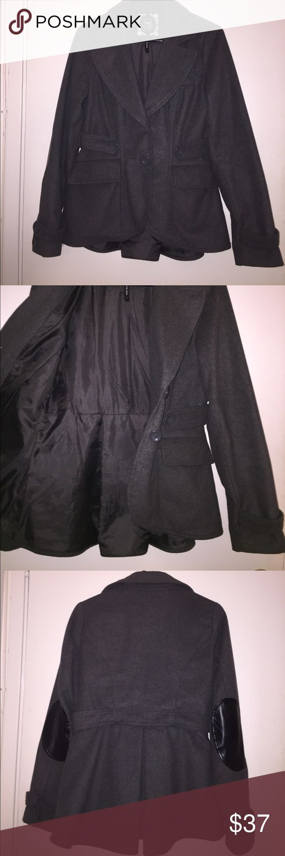 Hi-Lo Elbow Patch Jacket Gently worn; faux leather elbow patch; wool jacket.. send me offers! Jackets & Coats Pea Coats